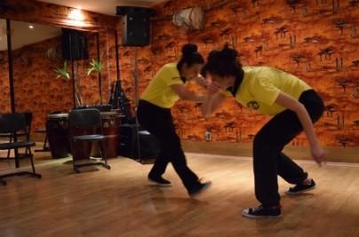 Capoeira e1583777356876 404x267 - Unsere Tänze